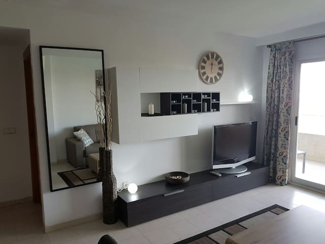 Modern 1 bed apartment in Magaluf - Magaluf - Apartment