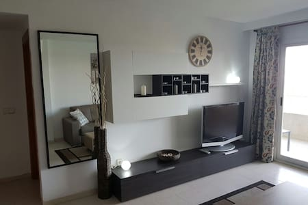 Modern 1 bed apartment in Magaluf - Magaluf - 公寓