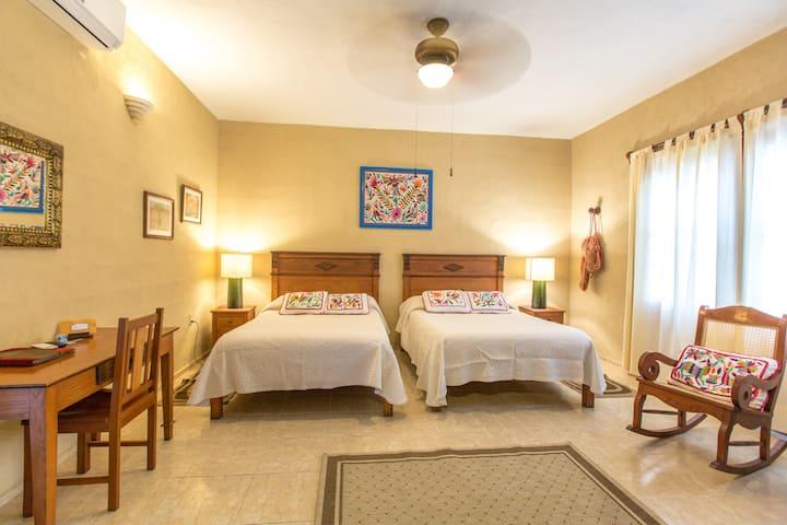 Hotel Casa Quetzal. Double Room