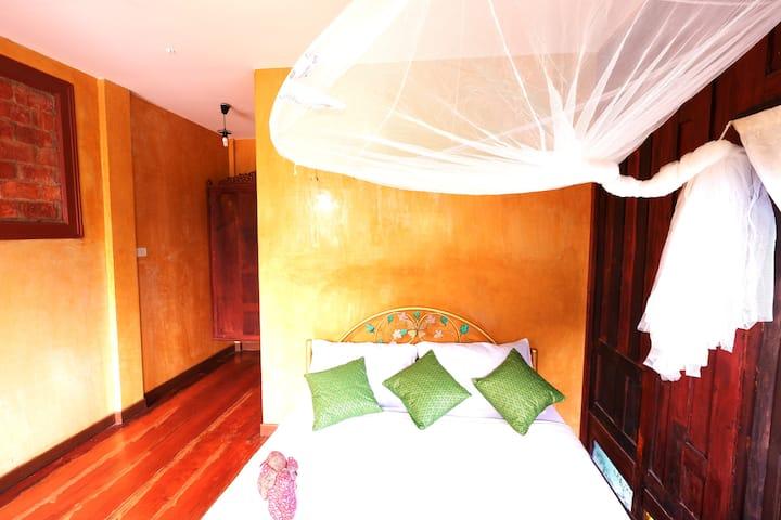 บ้านอีฟ No.9 Ayutthaya Thai House  #3rooms 6people