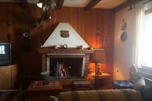 Schönes gepflegtes Holzhaus in Gorski Kotar