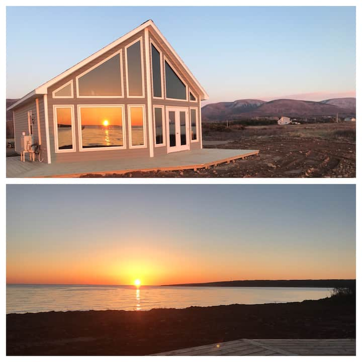 Oceanfront Cottage (LeBlanc Chalet)
