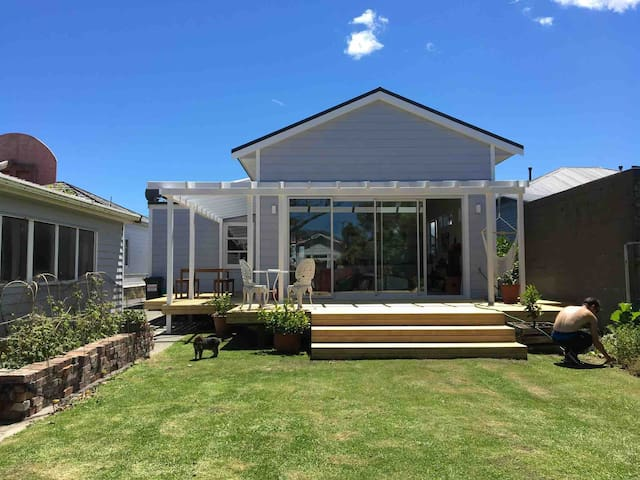 Large, newly renovated 3 bedroom family home