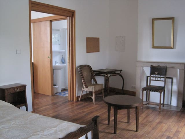 Appartement type F1 - Villers-Hélon - Apartment