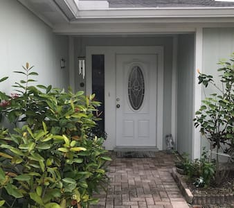 Charming room with private bathroom - Tampa