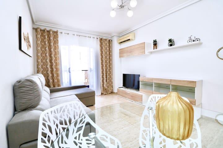 Apartment in Viñamar 7 just 250m to La Mata Beach