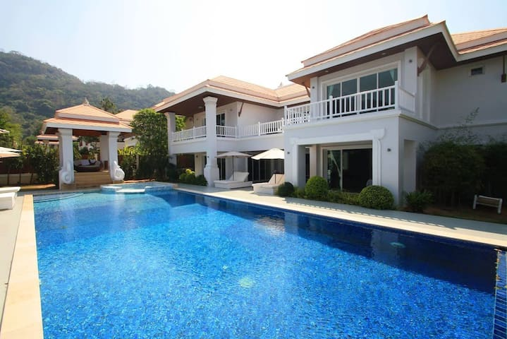 Hua Hin Sai Noi Beach Pool Villas ( Royal M V4 )