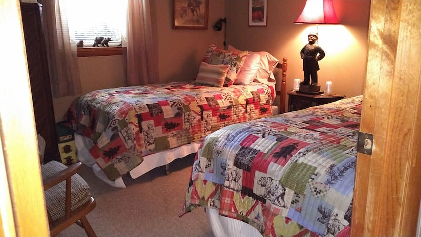 Two XL twin beds in 2nd bedroom