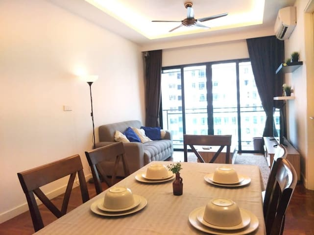 3BR 3~7px『Wifi+TV Box』Hotel feel『Nearby MidValley』