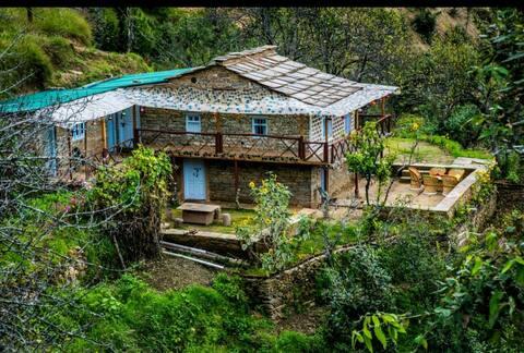 Sukoon Homestay - Kumaoni Cottage