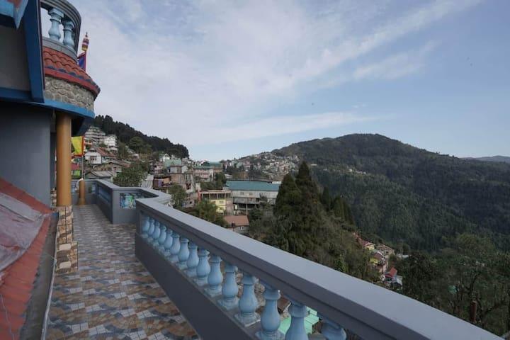 Odyssey's luxury villa Ghoom, Darjeeling