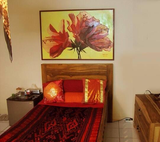 Bamboo Homestay Single