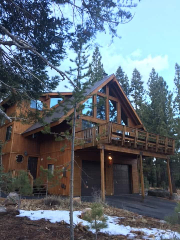 Beautiful Mountain Views  in Tahoe Donner