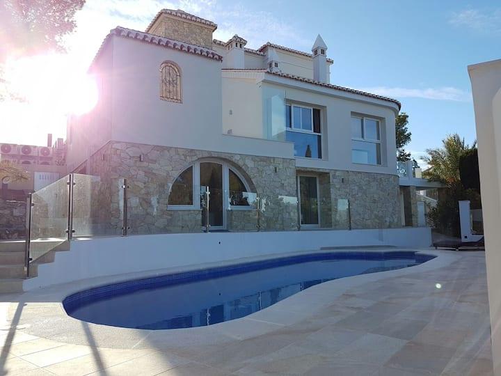 Half of luxury villa. Price reduced until 19.08.18