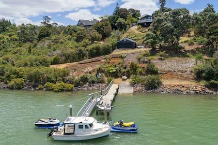 Black Marlin Bach - Unparalleled Waterfront Access - Kerikeri - บ้าน