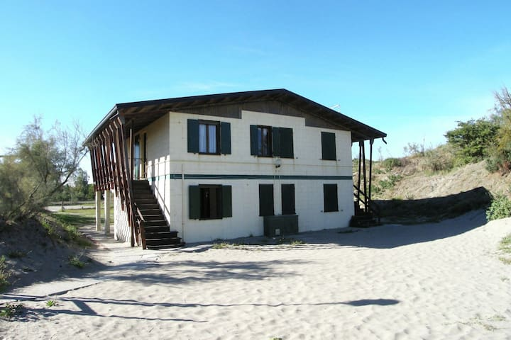 Nice holiday home close to sea front, in Rosolina Mare, near Venice