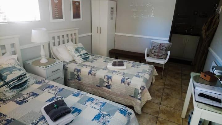 "Poplar Lane Guest House - ""Reyneke"" Room"