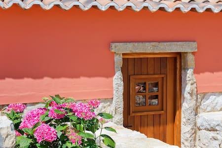 Casa rústica com piscina e vista para a serra - Ansião - วิลล่า