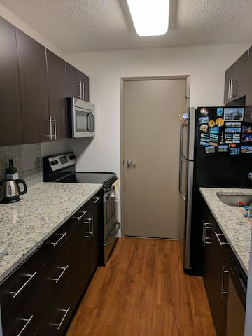 Private Condo close to UofM - Winnipeg - Condominium
