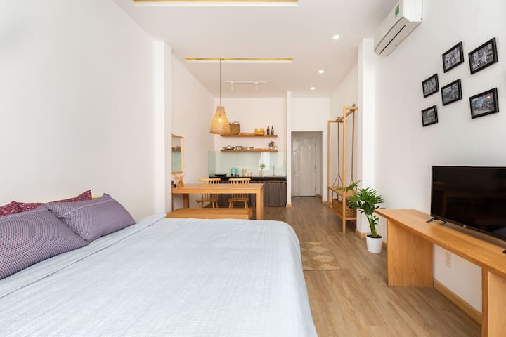 BenThanh 3 minutes walk - Private studio+Balcony2