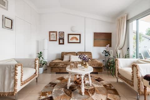 Nyd privatlivet og roen i denne designerpenthouse på Gran Canaria