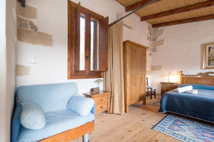 Studio Apartment with Pool - Lizzanello - Appartement