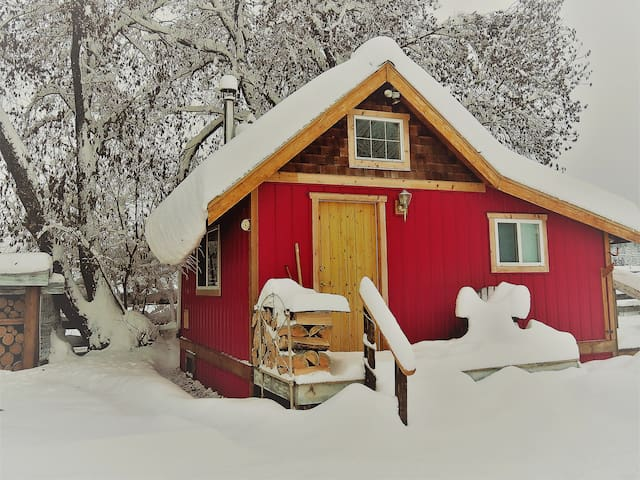 Kathlyn Creek Cottage @  Smithers B.C.