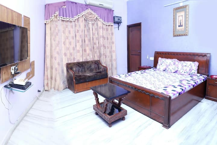 Home Feeling B&B phone ni 9915506312