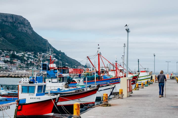The peaceful fishing village of Kalk Bay
