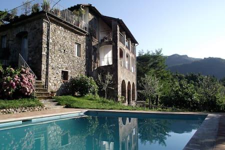 Large villa, pool, fabulous view - San Romano
