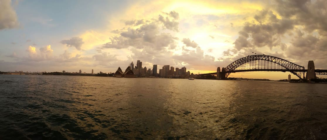 Best place in Sydney, view to Opera - Kirribilli