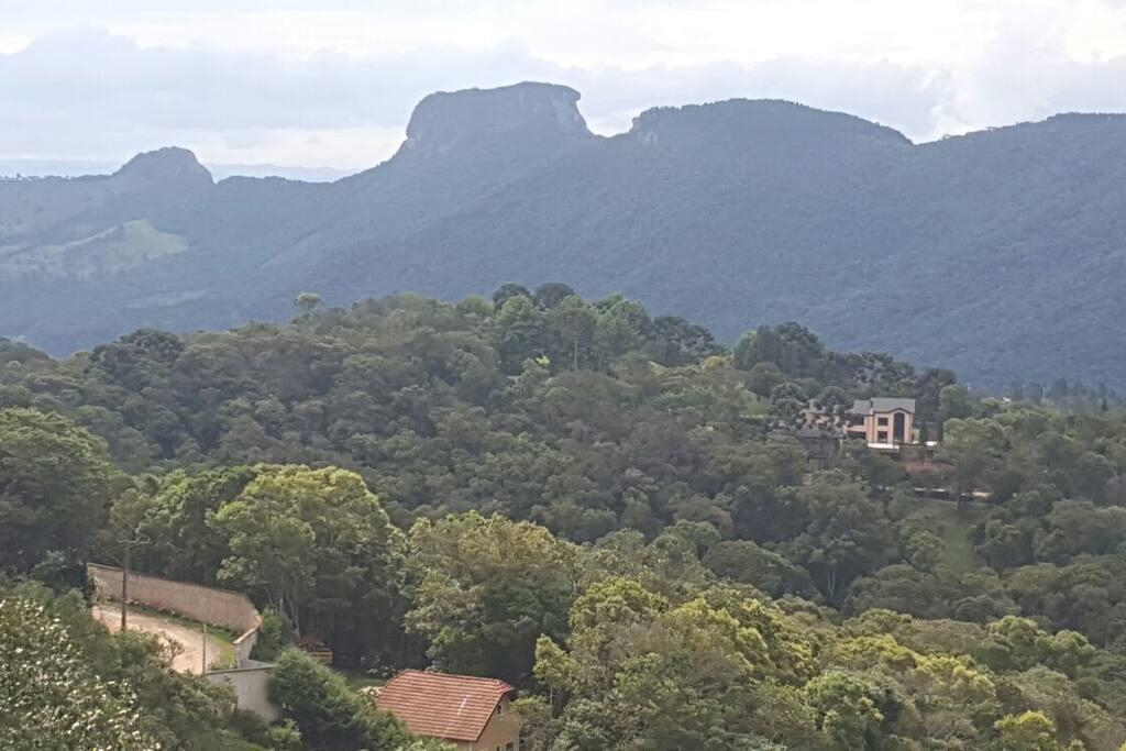 Vista da montanha na Pousada