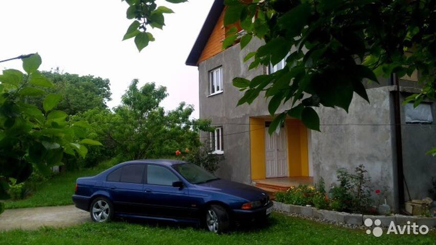 Сдаются комнаты в доме на берегу моря, в Абхазии