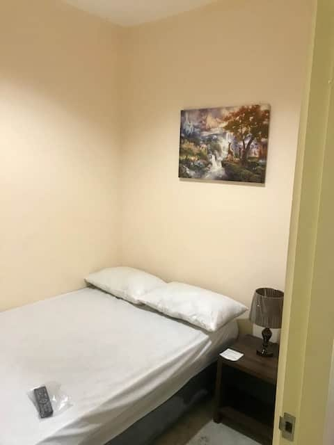 M's-1 BEDROOM-TRANSIENT RENTAL(DOUBLE SIZED BED)3