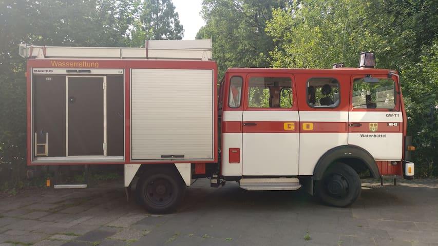 Feuerwehrwagenübernachtung