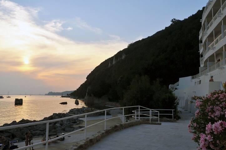 spiaggia e residence