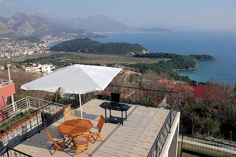 One bedroom Apartment, in Sutomore, Outdoor pool, Balcony