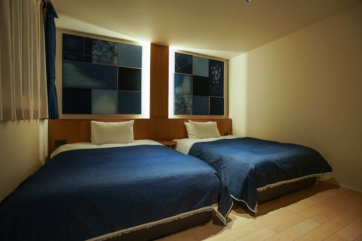 2 min Kurashiki Sta Cozy superior 2 double room!