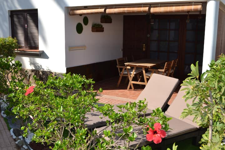 FAST Wifi &Relax  Bungalow in Campo Internacional
