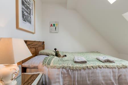 Bijou, Creative, Pied-a-Terre:  Stroud, Cotswolds