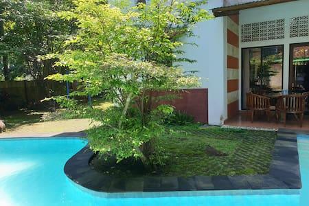Villa Efata, private w pool at Gadog, Mega Mendung