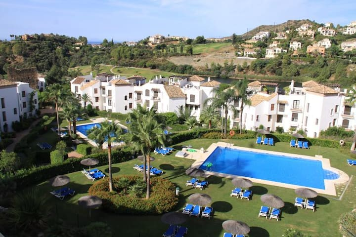 Luxury Benahavis Penthouse with great views