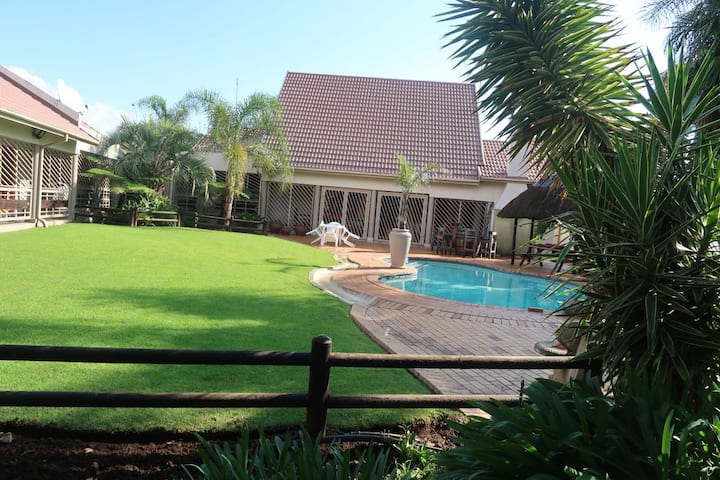 Pamuzinda on Bontebok! For a cozy, peaceful stay!