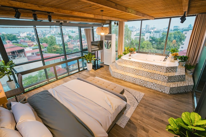 Penthouse in OldQuarter⭐360°ViewJacuzzi⭐Netflix