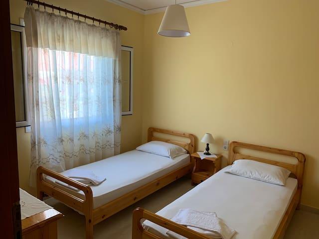 spiros apartment ,