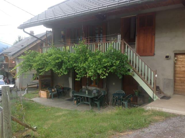 Appartement dans ancienne ferme rénovée