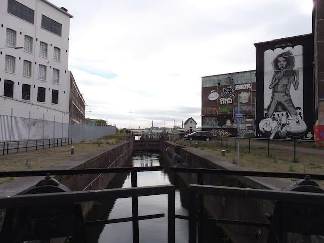 'Landbouwbelang': the cultural underground of Maastricht (10 min walk from H73)