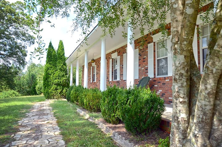 Indian Creek Guest House   Iuka, MS
