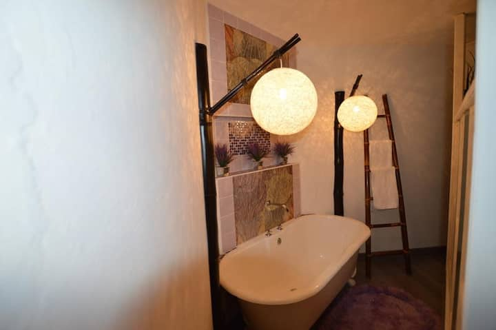Luxury Room in Guesthouse, Northcliff, Jhb