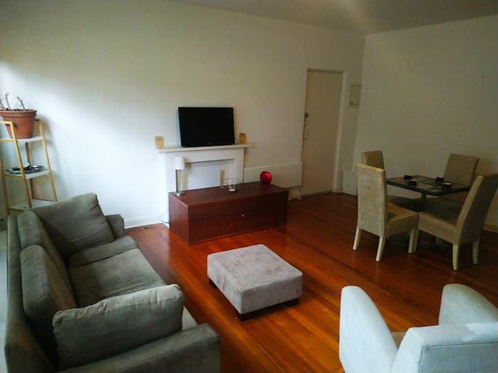 Beautiful apartment in Prahran, close to CBD